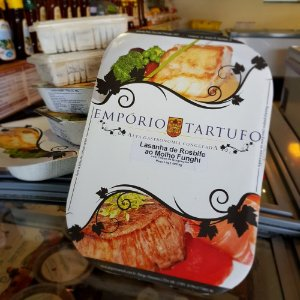Lasanha de Rosbife com Molho Funghi com Toque de Gorgonzola 1,4 kg