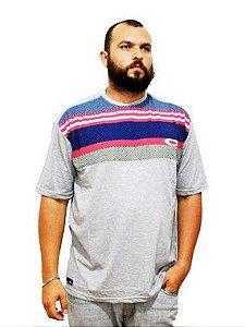 Camiseta Plus Size Masculina Cinza Listras Coloridas