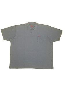 Camisa Polo Masculina Plus Size Piquet Com Bolso Cinza Claro com detalhes