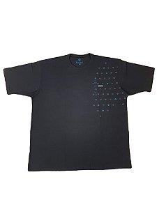 Camiseta Plus size Masculina Algodão Kairon Preta Detalhes