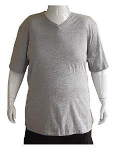 Camiseta Básica Masculina Plus Size V