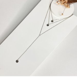 colar gravatinha bolinhas prata