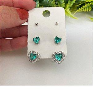 Kit de brincos coração esmeralda cravejado, coração Mini e bolinha prata