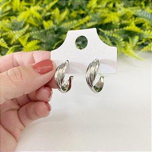 Brinco de argola pequena três fios torcida prata