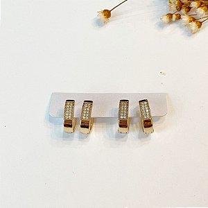 Kit de brincos duas argolinhas cravejadas grossas oval dourado