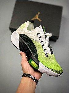 Nike Jordan Air Zoom Renegade White / Green-Black-Pure Platinum