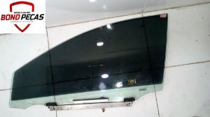 Vidro da porta dianteira lado esquerdo do Corolla 14 á 18 4portas