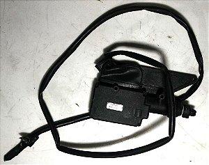 Trava elétrica original do Corsa 4 portas dianteira esquerda