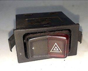 Botão do Pisca Alerta Gol Quadrado 88/95