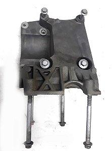 Suporte compressor ar condicionado Focus 2009 á 2012