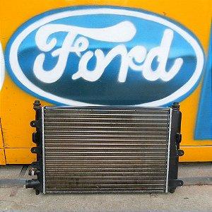 Radiador do Ford Escort Zetec de 97 à 02 (Sem Ar)