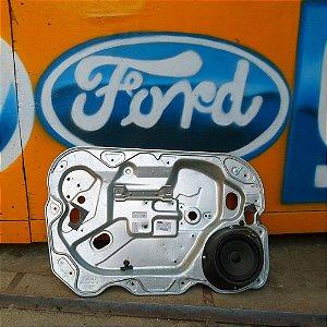 Painel chapa da porta dianteira esquerda Ford Focus 09 à 13