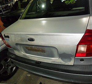Tampa traseira original Fiesta sedan 00 à 02