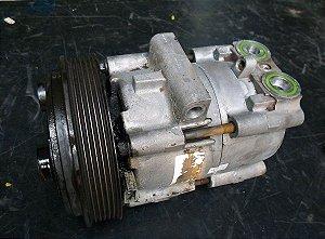 Compressor Ar condicionado Ford Fiesta / Courrier / EcoSport - Zetec 8V