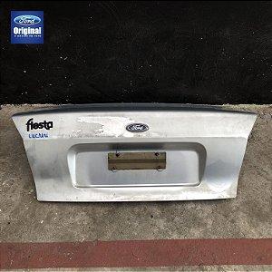 Tampa Traseira do Porta malas - Fiesta 00 á 02 - Original