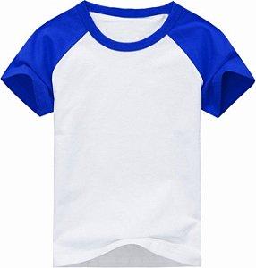 Camiseta Infantil Gola Redonda Manga Curta Modelo Raglan Azul com Corpo Branco 100% Poliéster para Sublimação (06 Anos) - 01 Unidade (Dia das Crianças)