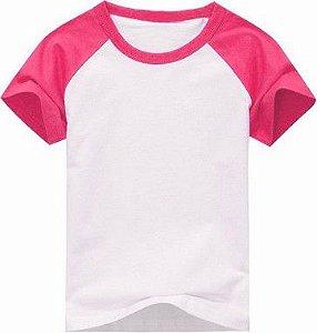 Camiseta Infantil Gola Redonda Manga Curta Modelo Raglan Rosa com Corpo Branco 100% Poliéster para Sublimação (06 Anos) - 01 Unidade (Dia das Crianças)