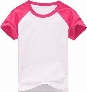 Camiseta Infantil Gola Redonda Manga Curta Modelo Raglan Rosa com Corpo Branco 100% Poliéster para Sublimação (10 Anos) - 01 Unidade
