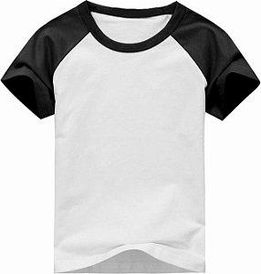Camiseta Infantil Gola Redonda Manga Curta Modelo Raglan Preta com Corpo Branco 100% Poliéster para Sublimação (10 Anos) - 01 Unidade (Dia das Crianças)