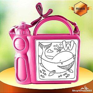 Lancheira Infantil Mala com Alça Regulável e Garrafa em Plástico com Placa de Metal (Com Seu Arquivo) - 01 Unidade