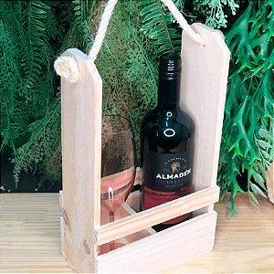 Porta Garrafa de Vinho e Taça em Madeira Crú 19x11x34cm - 1 un. Rizzo