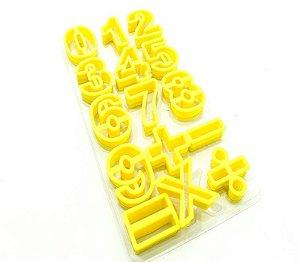 Kit Cortador Números com 15 peças Doupan Rizzo Confeitaria