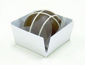 Forminha 4 Pétalas Quadrada Branca com 50 un. Embalagens para Doces Rizzo Confeitaria