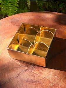 Caixa Nº 4 Dourada com Tampa Transparente 10 un. Assk Rizzo Confeitaria