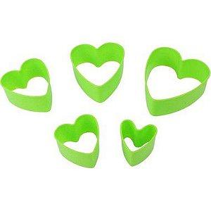 Kit Cortador Plástico Coração 5 pç Confeitudo Rizzo Confeitaria