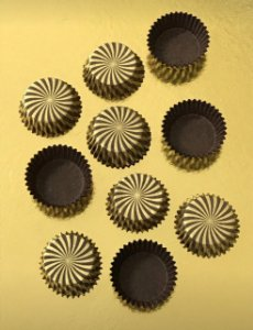 Forminha Gourmet Cacau Gold com 100 un. Ultrafest Rizzo Confeitaria