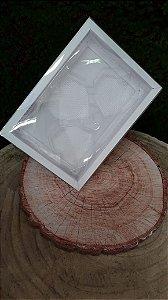 Caixa  coração Lapidado de 70 à 100gr  3 cav Branca com 5 un. Crystal Rizzo Confeitaria
