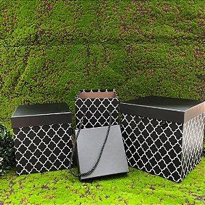 Caixa de Papel para Presente Quadrada Preta C/ Alça -15 cm  x 15 x 17 cm -1 Unidade - Rizzo Confeitaria
