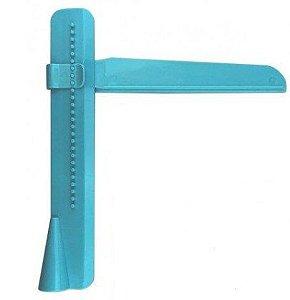 Alisadora + Régua Plástica Medidora para Bolo - 2 Pçs - Confeitudo - Rizzo Confeitaria