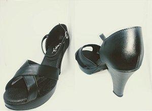 Sandália para Dança de Salão Modelo Plataforma Capezio CJ22