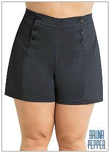 Shorts com botões Plus Size