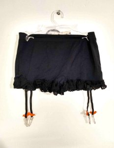 Shorts Calcinha Hot Pants Cinta Liga Removível Morcegos Dark Gothic Pin Up Hallloween