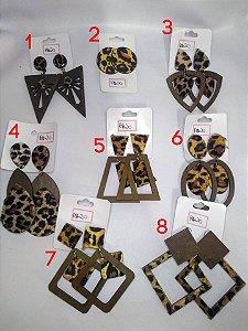 Maxi Brincos Variados de Madeira e Oncinha Pin Up Retrô Animal Print