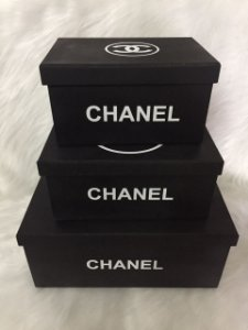 Kit com 3 caixas Chanel