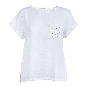 T-Shirt Plus Size Aplicação Ilhós Off-White