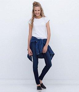b318fcec1 Calça Skinny Jeans com Cintura Alta