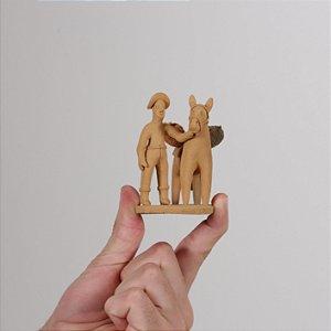 """Miniatura """"Cavalo Com Caçuá"""""""