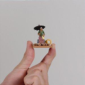 "Miniatura ""Vendedora de Panelas"""