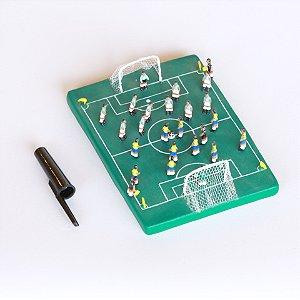 Miniatura Jogando Futebol
