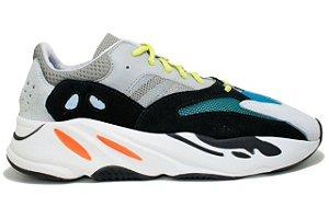 c5dc140680 Tênis Adidas Yeezy Boost 700 - Masculino Cinza e Preto
