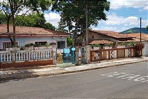 Casa com 660m2 de terreno no bairro Mariluz - São Pedro - SP | R$ 400.000,00