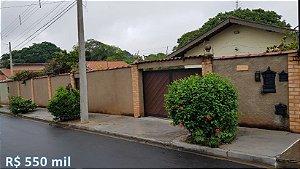 Casa Linda com piscina no bairro Pallú - São Pedro - SP | R$ 550.000,00