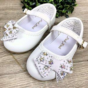 Sapato infantil boneca com laço e strass branco Tamanho 22