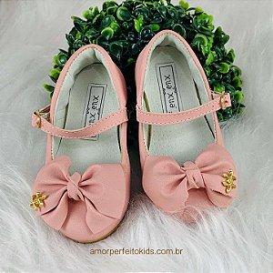 Sapato infantil boneca laço rosa Xuá Xuá tamanho 21