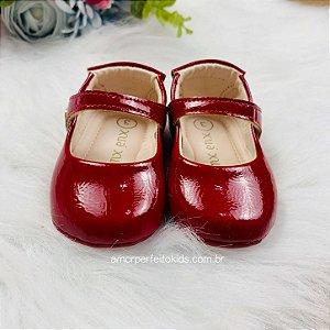 Sapato boneca de bebê Xuá Xuá vermelho verniz
