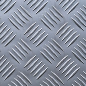 Chapa xadrez 2500 x 1000 x 1,2 - Peso teórico 10,00